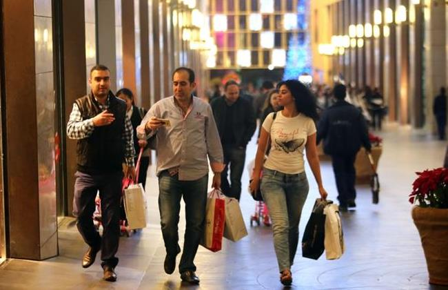 People shop in Beirut Souks where products are mostly imported   Source: TheDailyStar/HasanShaaban
